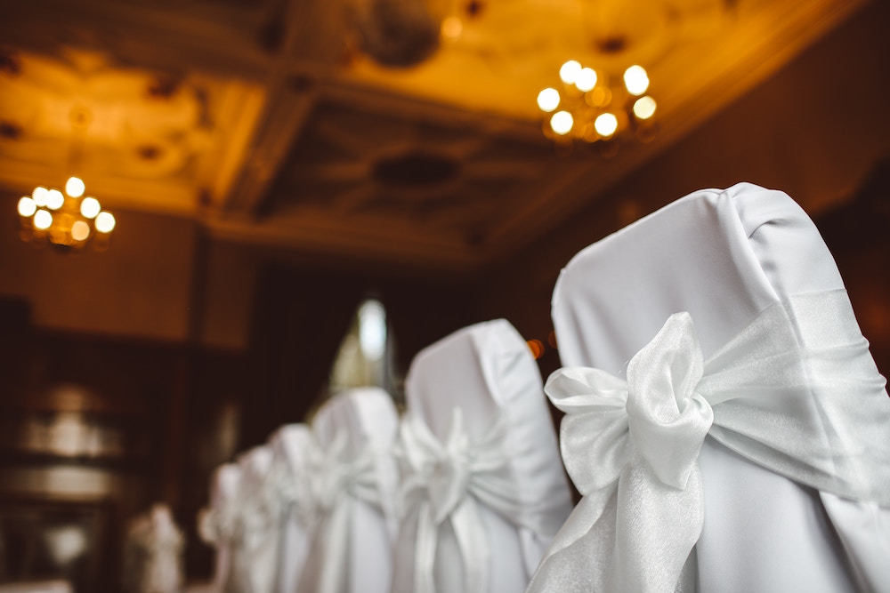 layer up your wedding seating