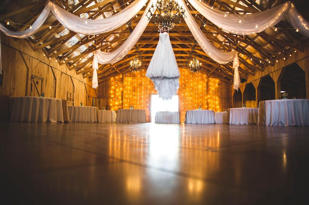 winter wedding ideas - layers