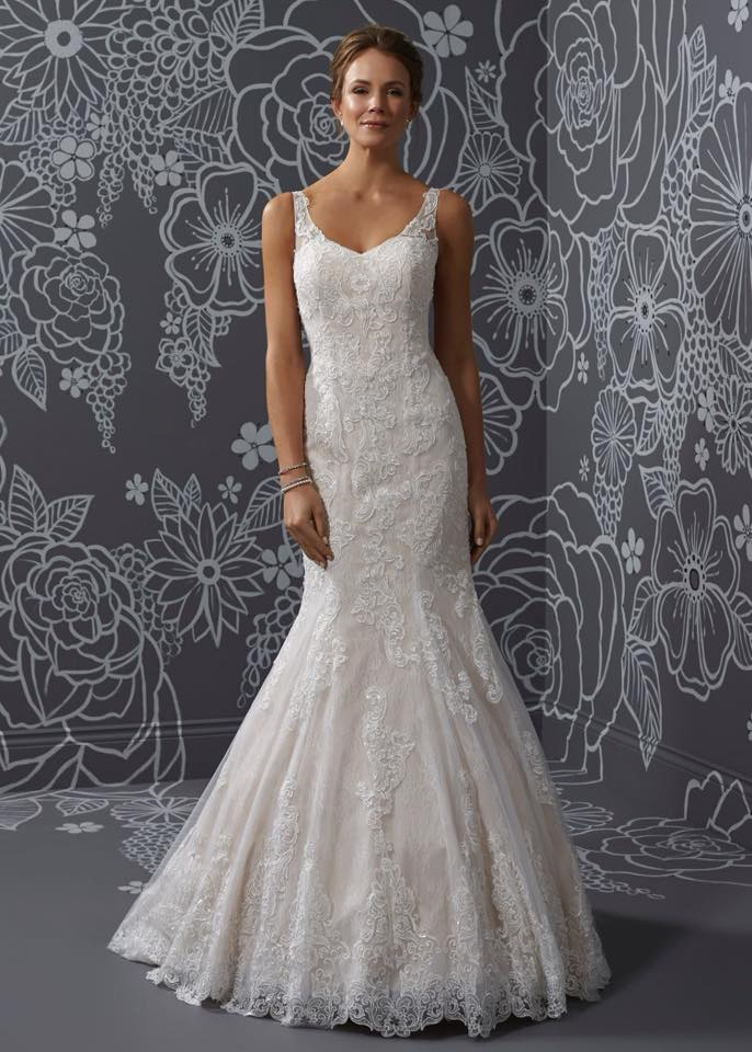 Winning wedding supplier Diamonds & Pearls